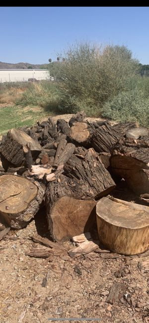 Firewood-Dry Pinewood for Sale in Laveen Village, AZ