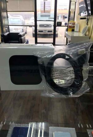 APPLE TV 4K 32GB WITH FREE HDMI OIMN for Sale in Garland, TX