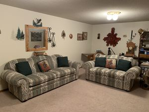 Couch and love seat set for Sale in Wichita, KS