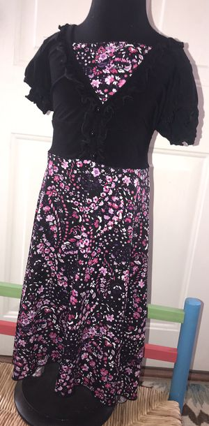 Girls size 6X - pretty black dress with pink flowers for Sale in Pickens, SC
