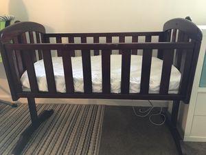Baby cradle/mini crib (rocking) for Sale in Sunnyvale, CA