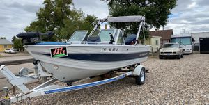 1986 Crestliner Boat motor size 115 comes with trailer for Sale in Emmet, ND