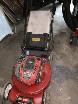 Toro Lawnmower, doesn't start or run $200 only. for Sale in New Rochelle, NY