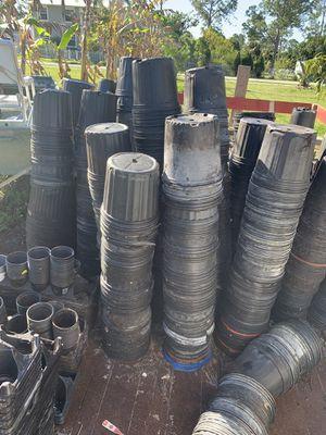 Plastic plant pot sale-low-low pices for Sale in Lehigh Acres, FL