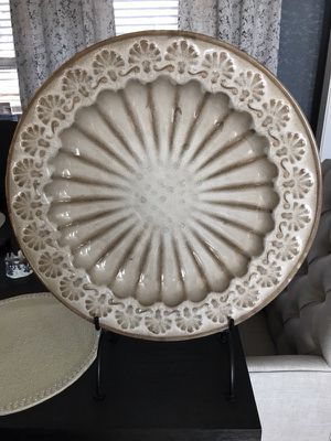 Bombay Company decorative platter & stand for Sale in San Antonio, TX