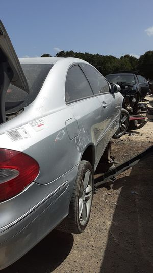 2006 Mercedes CLK350 for parts for Sale in Houston, TX