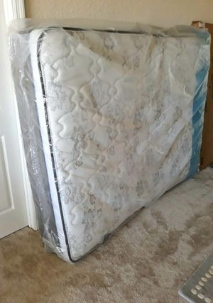 🌈NEW QUEEN PILLOWTOP MATTRESS and BOX SPRING. Sealed in plastic for Sale in Boynton Beach, FL
