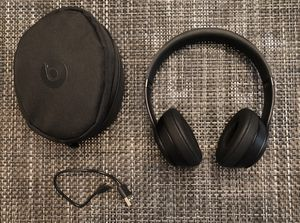 Beats by Dr. Dre Solo3 Wireless On the Ear Headphones - Matte Black for Sale in Naperville, IL