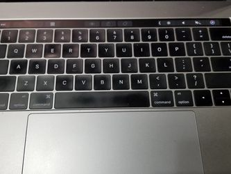 Apple Macbook Pro 2016 for Sale in Portland,  OR