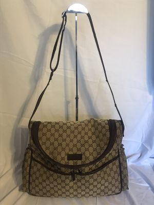 Gucci supreme diaper bag Messenger bag for Sale in Addison, IL