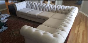 Tufted sectional excellent condition with ottoman for Sale in Centennial, CO
