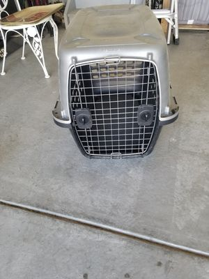 Dog kennel up to 40lb for Sale in Niwot, CO