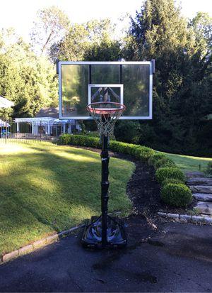 RBK Adjustable Basketball HOOP for Sale in New Canaan, CT