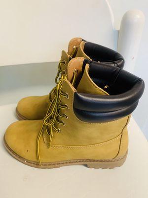Women Waterproof Winter Boots size 9 for Sale in Laurel, MD