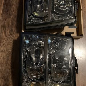 07-13 Silverado Headlights for Sale in Baldwin Park, CA