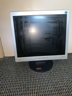 HP L1706 17 inch monitor for Sale in Belleville, MI