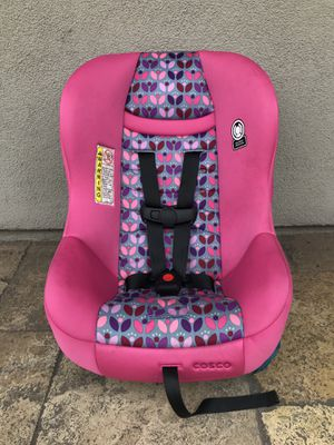 LIKE NEW CONVERTIBLE CAR SEAT!! for Sale in Rialto, CA
