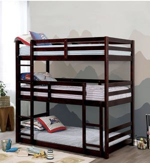 Brand new triple bunk bed for Sale in Palmdale, CA