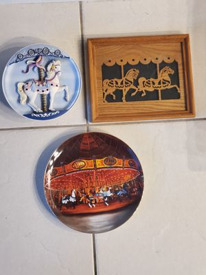 Vtg Carousel Musical Plate, Collector Plate, and Framed Wood Cutout for Sale in San Diego, CA