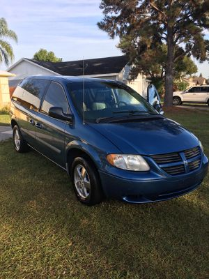 2005 Dodge Caravan Passenger SXT for Sale in Kissimmee, FL