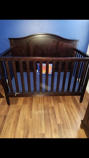 Baby crib for Sale in Oakland, CA