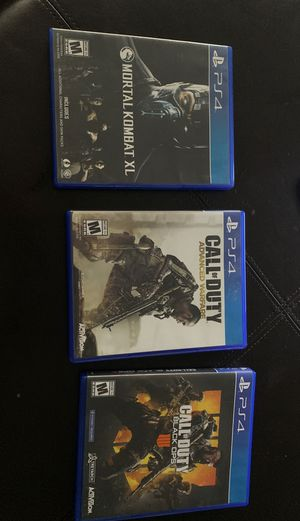 3 PS4 games with 1 PS4 mic for Sale in La Jolla, CA