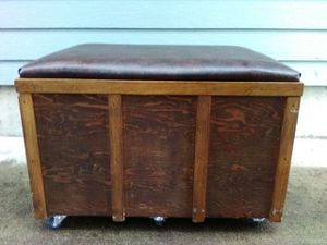 Storage Bench/Chest/Trunk, soft and durable seat top for Sale in Puyallup, WA