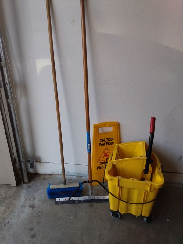 My bucket wet floor sign floor scrubbers $35