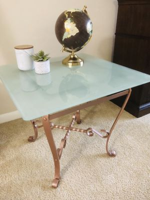 Coffee Table for Sale in Germantown, MD