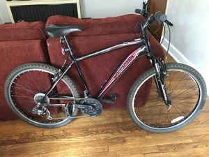 Schwinn Side Winder Mountain Bike for Sale in Denver, CO
