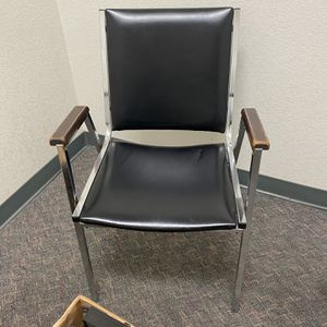 3 stackable Chrome And Black Vinyl Adir/ Office Chairs. for Sale in San Dimas, CA