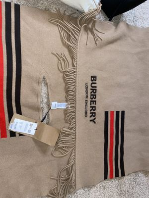 Brand new Burberry winter cover up men or woman for Sale in Atlanta, GA
