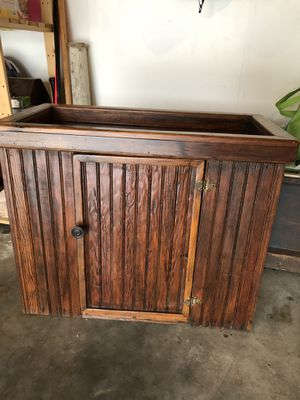 Antique primitive dry sink/ side table/ TV stand for Sale in Gresham, OR
