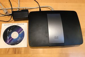Linksys EA 6500 dual band router for Sale in Hillsboro, OR