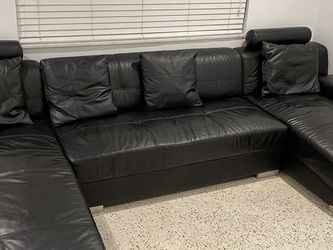 Genuine Leather Couch/Sectional for Sale in Miami,  FL