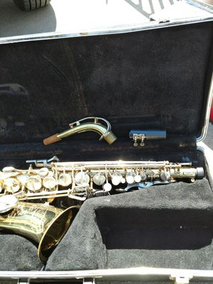Bundy Saxophone with Case for Sale in Carson, CA