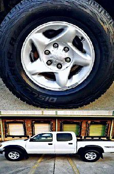 $1,4OO I'm selling urgentl 2OO4 Toyota Tacoma. for Sale in Pataskala, OH