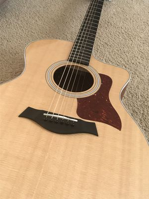 Taylor Acoustic Electric w/ Hard Case for Sale in Stone Ridge, VA