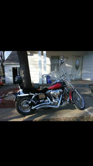 I am looking for to trade my 2000 Dyna wide Glade fxwdg for mobile home or house and property. Sign of property is questionable. Serious inquiry only for Sale in St. Joseph, MO