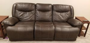 Black leather couch, end seats recline ( manually) for Sale in Milwaukie, OR
