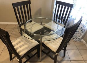 Table and chairs. for Sale in Round Rock, TX