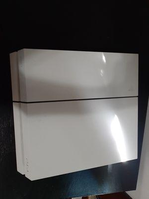 5.05 PS4 Glacier White for Sale in Dunkirk, IN