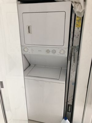 GE Washer/Dryer Stackable Combo for Sale in Miami, FL