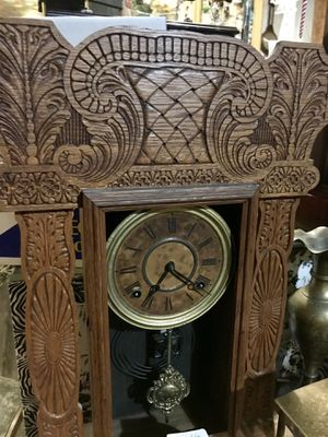 Antique hand carved clock, $70 for Sale in Duncanville, TX