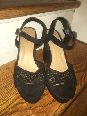 Chunky heel black lace front shoe for Sale in Washington, DC