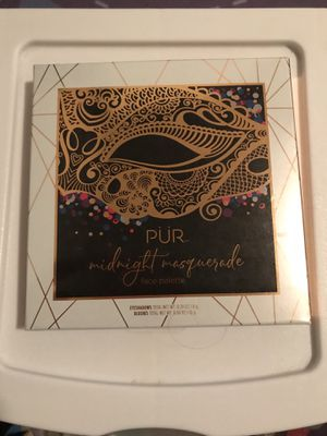 Pur midnight masquerade face palette for Sale in Medford, OR