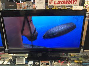 "Westinghouse 40"" Flatscreen w/remote for Sale in Bakersfield, CA"
