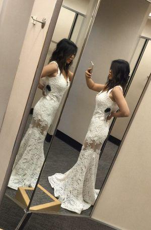 White wedding gown dress mermaid formal for Sale in Altadena, CA
