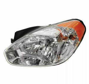 07 Hyundai Accent Hatchback Left headlight assembly for Sale in Fairfax, VA