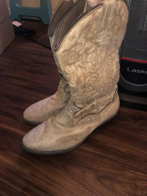New cowgirl boots 👢 for Sale in Edmonds, WA